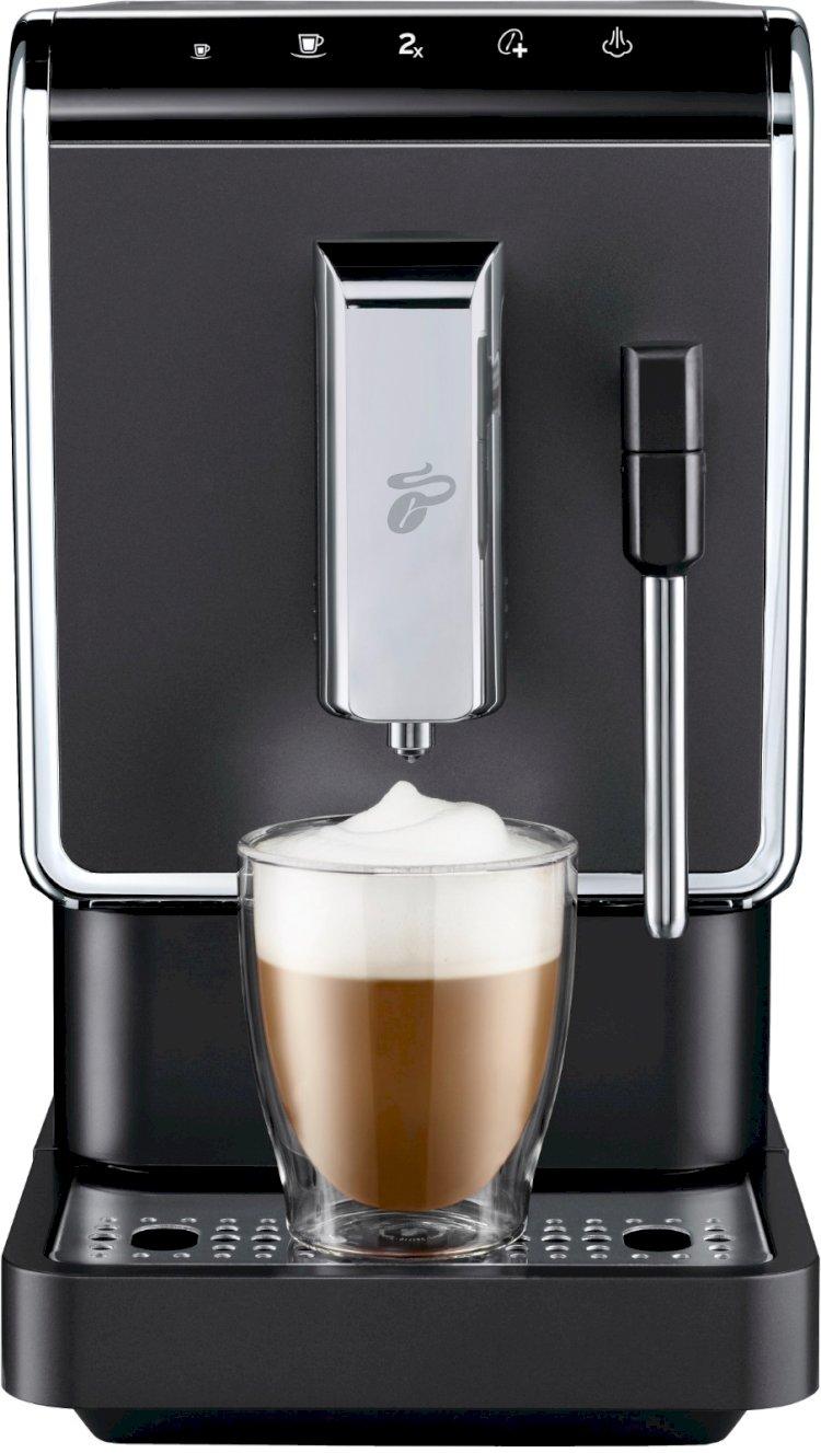Yeni tam otomatik çekirdek kahve makinesi Tchibo Esperto Latte ile her eve bir barista!